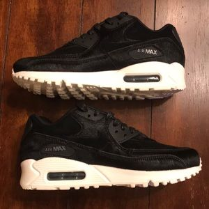 Nike Air Max 90 LX NIB Suede- Pony Hair Upper, 6